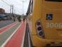 Ciclistas denunciam lixo na pista da Ciclovia da Avenida Suburbana
