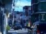 Moradores da Rua Carlos Gomes, solicitam iluminação de maior potência por conta dos assaltos