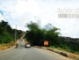 Buracos na Estrada Velha de Periperi prejudicam passagem de motoristas