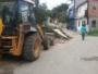 Entulho é retirado da Rua Fluminense, em São Tomé de Paripe, depois da publicação do Subúrbio News